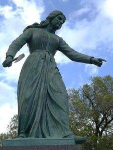 Статуя Ханны Дастин, Хейверхилл, Массачусетс