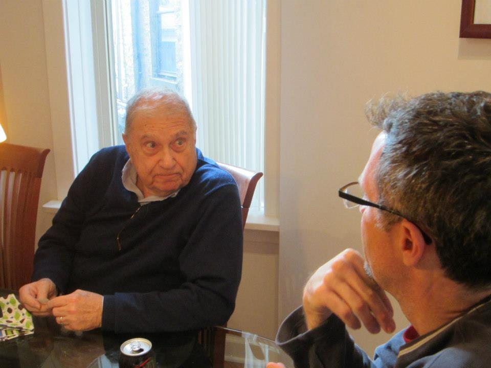 Пол Рассел из Пенсильвании, США решил помочь своему дальнему родственнику, который в 82 года проживал один
